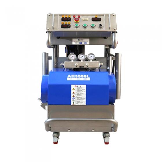 使用聚氨酯发泡机施工中催化剂对材料性能的影响